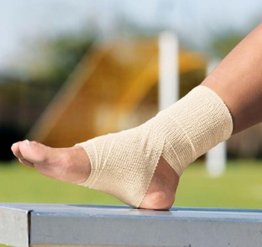 ACE Self-Adhering Elastic Bandage, , large image number 7