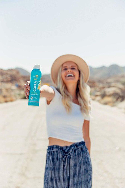 Coola Classic Body Organic Sunscreen Spray SPF 30, Pina Colada, 6oz, , large image number 4
