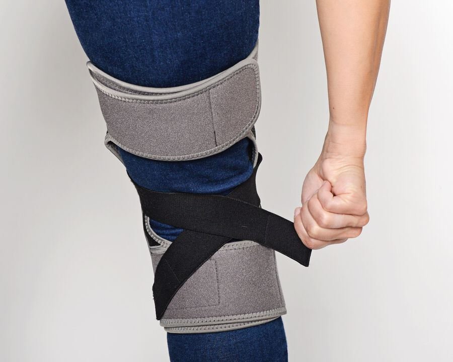 Battle Creek Embrace ™ Relief Knee Wrap – Portable, 3 Temperature Settings, Auto Shut Off, Wireless & Rechargeable Wrap, Battery-Operated Heat Therapy Wrap for Knee Pain Relief, , large image number 20