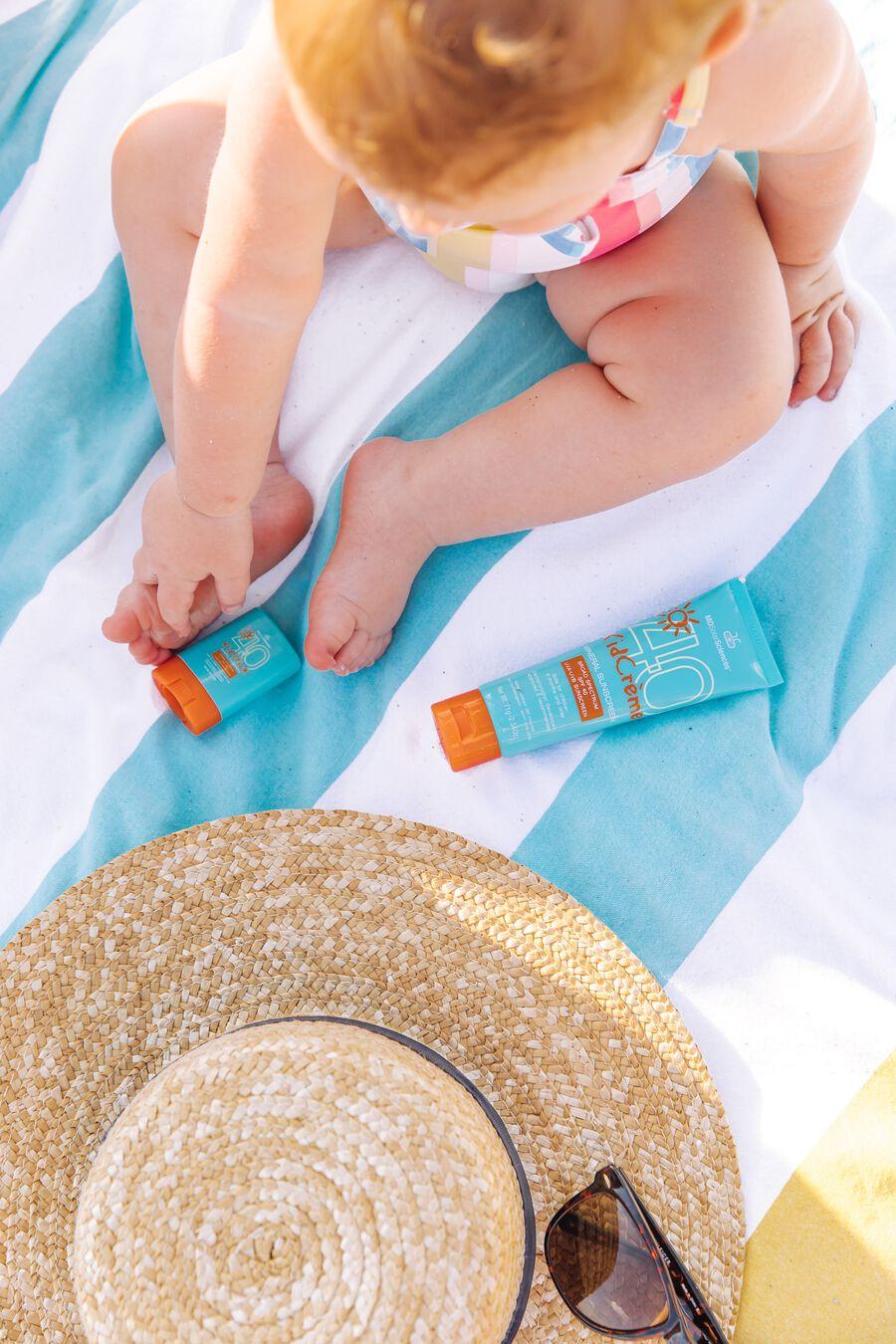 MDSolarSciences Mineral Sunscreen KidStick SPF 40, 0.4 oz., , large image number 5