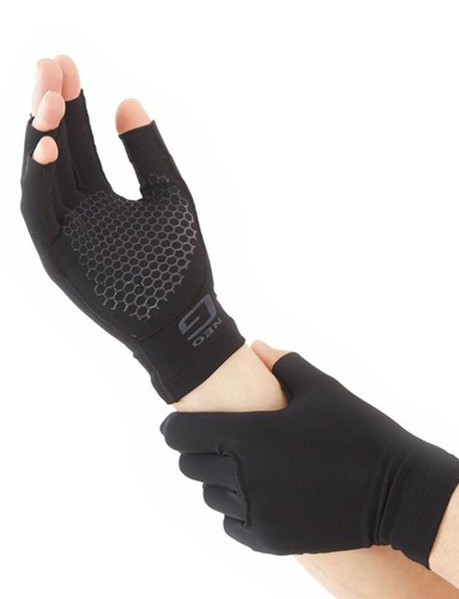 Neo G Comfort Relief Arthritis Gloves, Medium, , large image number 5