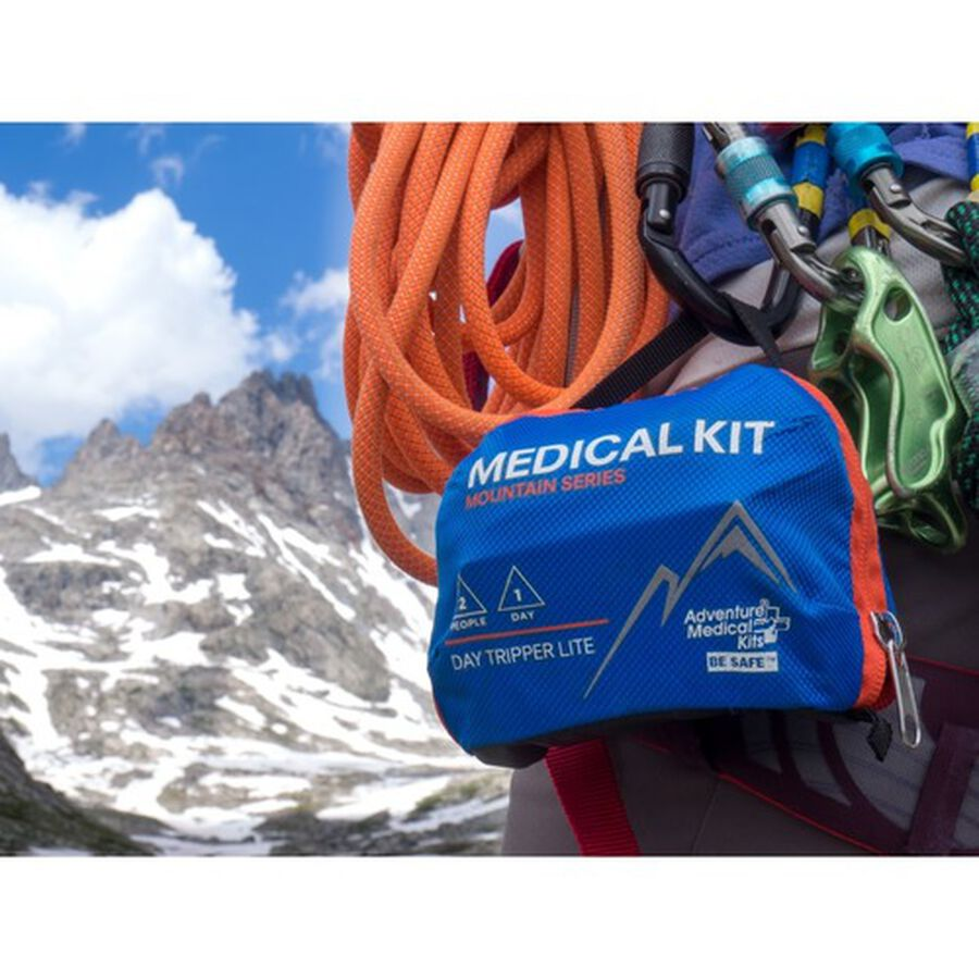 Adventure Medical Mountain Day Tripper Lite First Aid Kit, , large image number 4