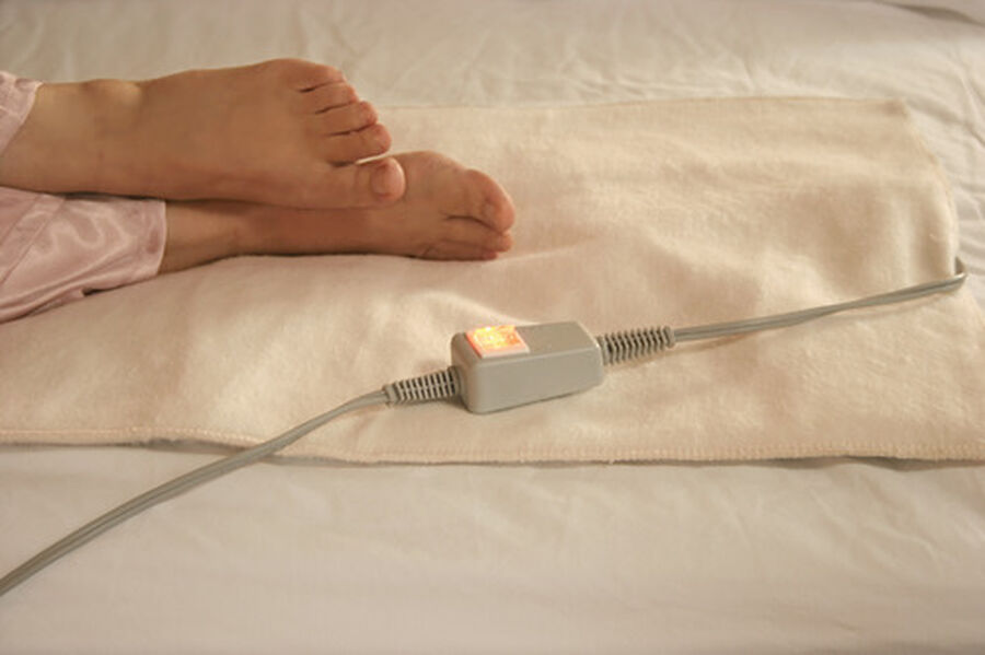 """Bed Warmer MaxCOMFORT™ Bed Warmer Gentle Overnight Warmth 18"""" x 36"""", , large image number 1"""