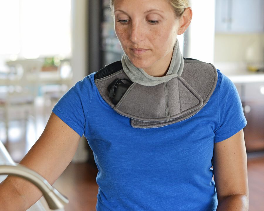 Battle Creek Embrace ™ Relief Neck Wrap – Portable, 3 Temperature Settings, Auto Shut Off, Wireless & Rechargeable Wrap, Battery-Operated Heat Therapy Wrap for Neck Pain Relief, , large image number 19
