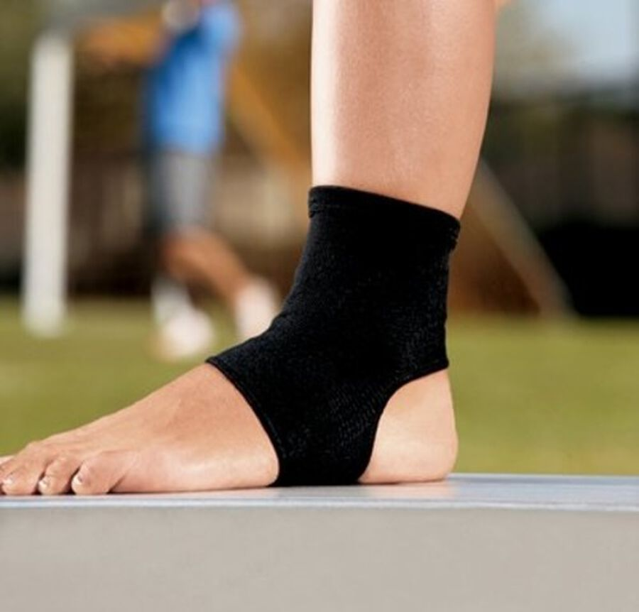 Ace Elasto-Preene Ankle Support, S/M, , large image number 2