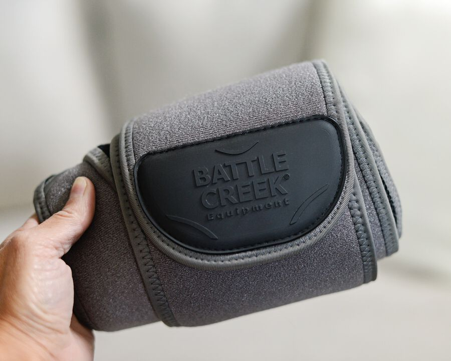 Battle Creek Embrace ™ Relief Back Wrap – Portable, 3 Temperature Settings, Auto Shut Off, Wireless & Rechargeable Wrap, Battery-Operated Heat Therapy Wrap for Back Pain Relief, , large image number 6