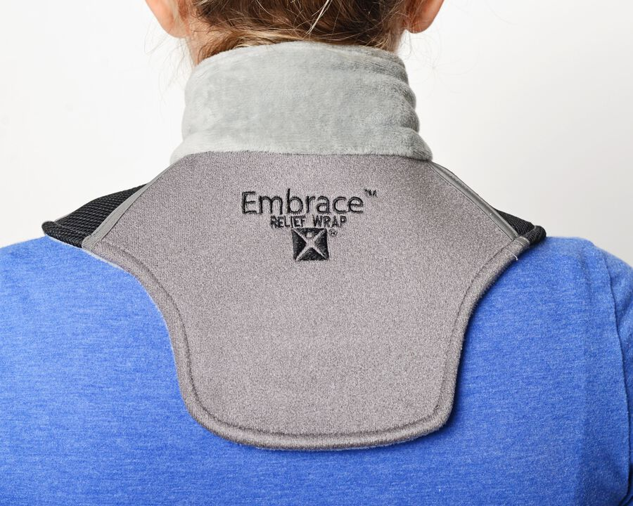 Battle Creek Embrace ™ Relief Neck Wrap – Portable, 3 Temperature Settings, Auto Shut Off, Wireless & Rechargeable Wrap, Battery-Operated Heat Therapy Wrap for Neck Pain Relief, , large image number 13