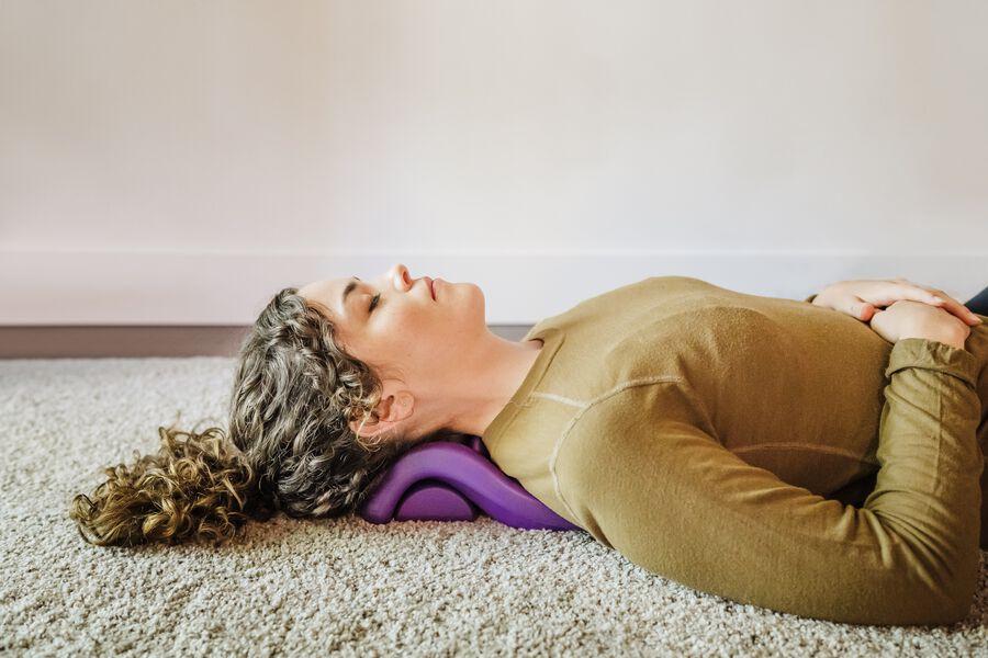 Kanjo Flex Firm Acupressure Neck Pain Relief Cushion, , large image number 6