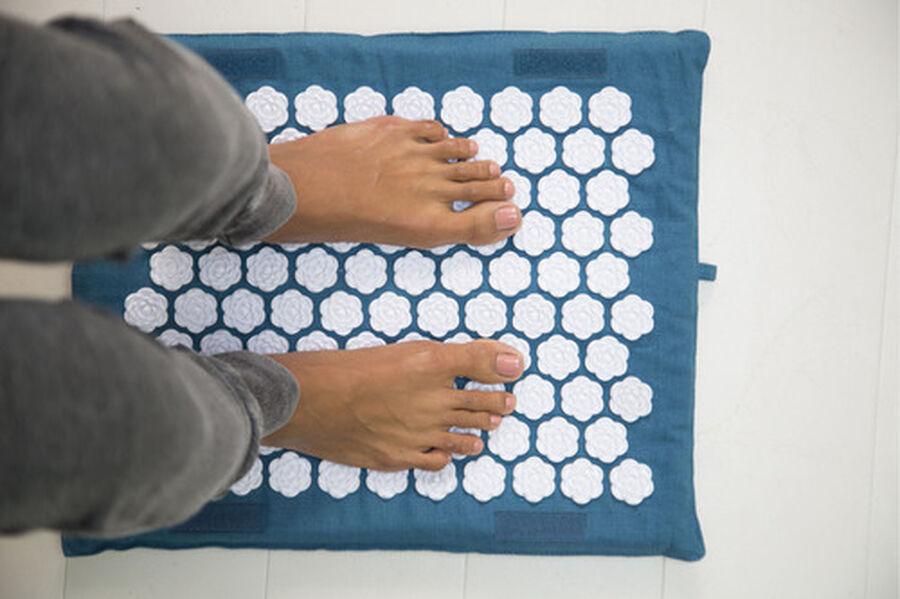 Kanjo Memory Acupressure Foot Mat, Sapphire, , large image number 7